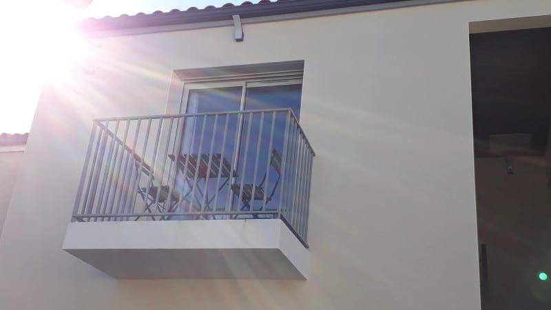 Extérieur balcon location proche des thermes de Jonzac