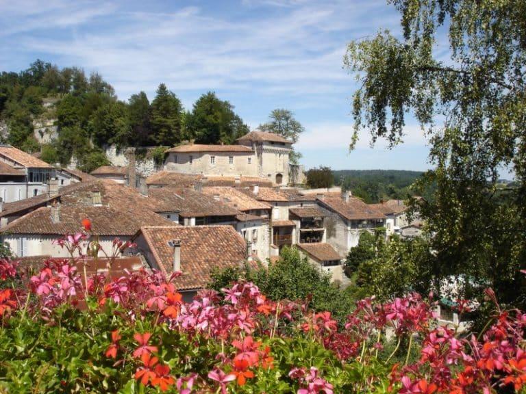 Aubeterre-sur-Dronne, parmi les plus beaux villages de France