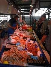 Fruits de mer du marché couvert