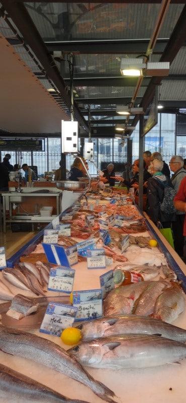 Poissonnerie au marché