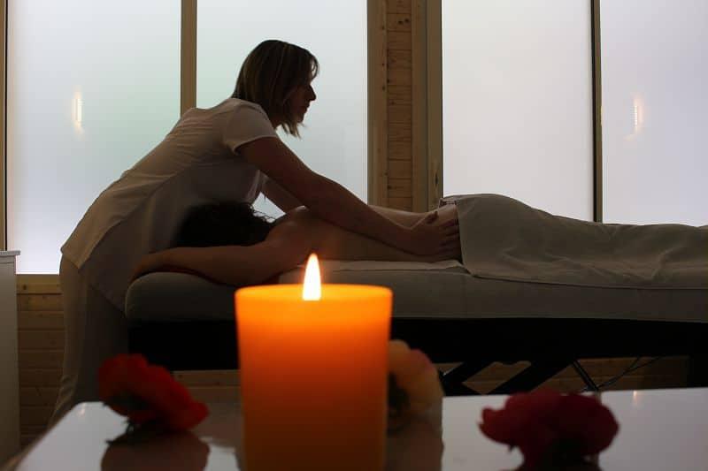 Séance massage au centre thermal de Jonzac