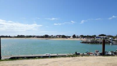 Île d'Oléron, plage de la Boirie depuis le port de Saint-Denis
