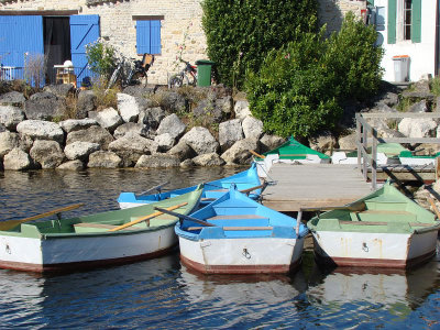 Balade en barque pour découvrir l'histoire et les techniques des sauniers au port des Salines