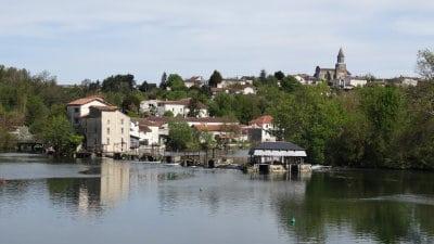 Village de pierres et de vignes, Saint-Simeux