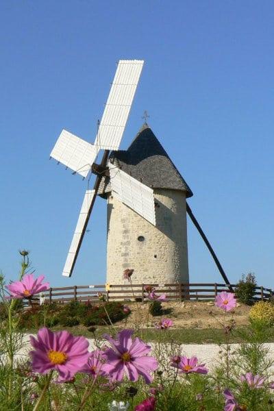 Moulin à vent du Cluzelet à Jonzac