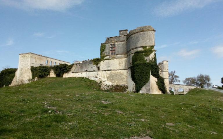Châteaux des Charentes